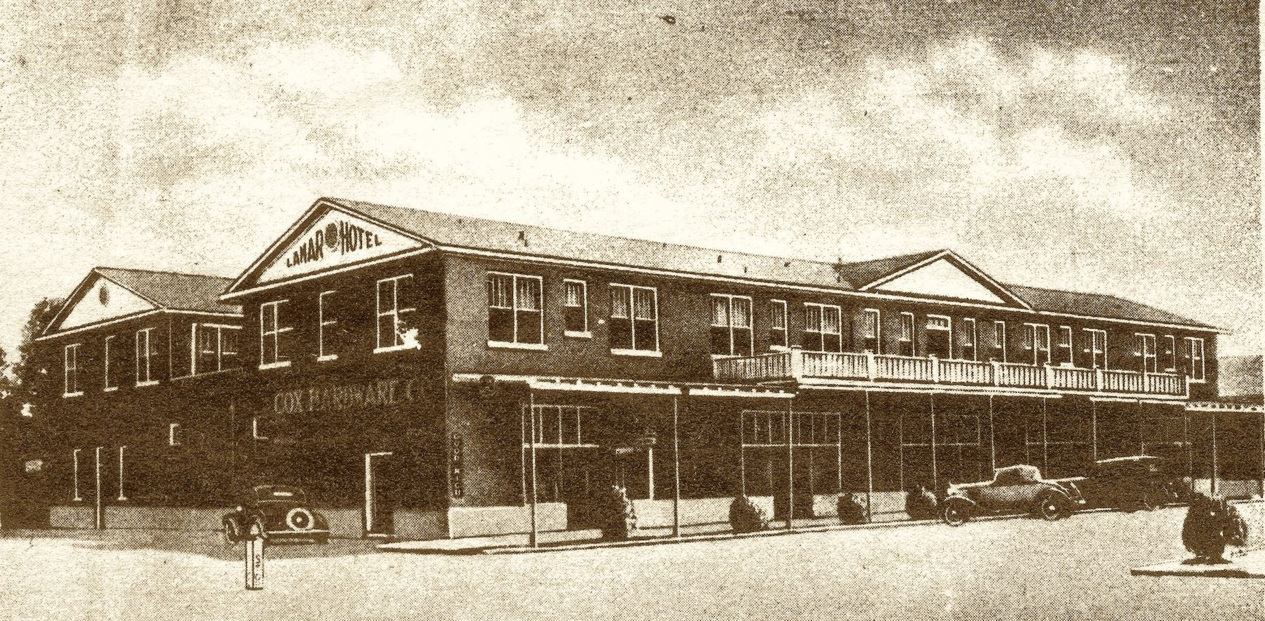 The 1926 Lamar Hotel is now better known as Desi's Restaurant.